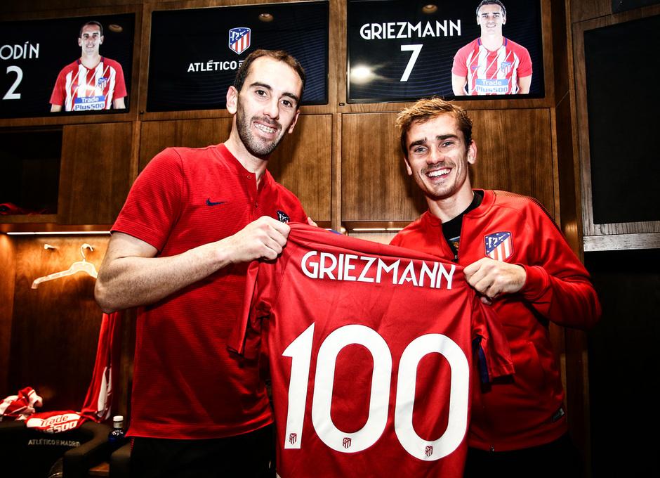 Temporada 17/18 | Atlético - Leganés | La otra mirada | Griezmann y Godín, gol 100. (Ángel)