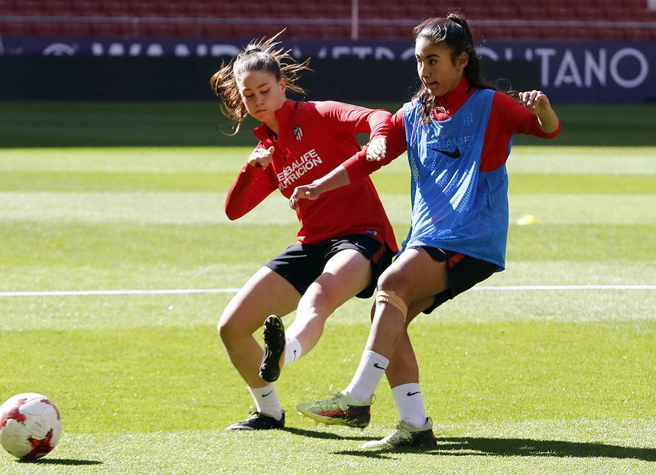 Temp. 17/18 | Entrenamiento Femenino Wanda Metropolitano | 16-03-2018 | Viola y Daoudi