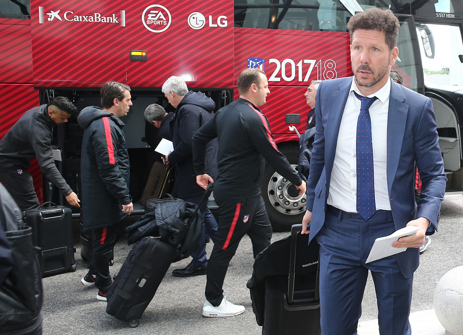 Temp. 17-18 | Europa League | Llegada a Lisboa | Simeone