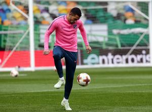 Temp. 17-18   Europa League   Entrenamiento en el José Alvalade   Vitolo