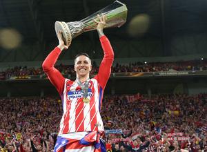 Temporada 17/18 | Final de Lyon de la Europa League | Olympique de Marsella - Atlético de Madrid | Torres y el trofeo