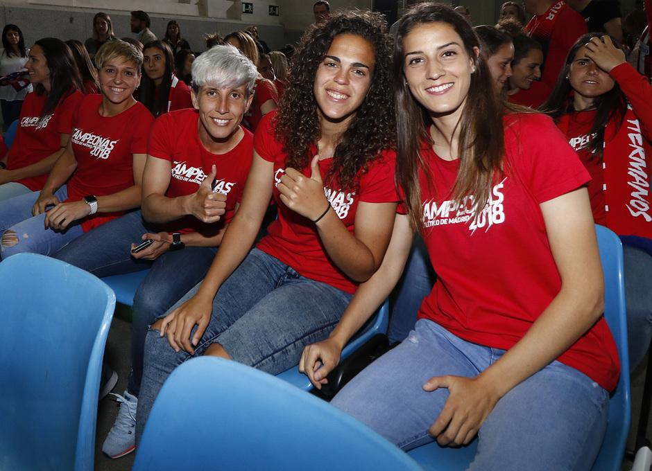 Temp. 17-18 | Recibimiento en el Ayuntamiento de Madrid | femenino