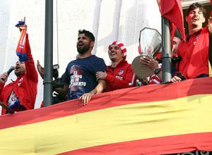 Temp 17/18 | Atlético de Madrid y Atlético de Madrid Femenino | 18-05-18 | Diego Costa y Griezmann