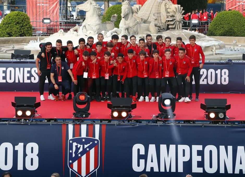 Temp 17/18 | Atlético de Madrid y Atlético de Madrid Femenino | 18-05-18 | Academia | Infantil A