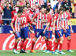 Temp. 17-18   Atlético de Madrid-Eibar   Celebración piña