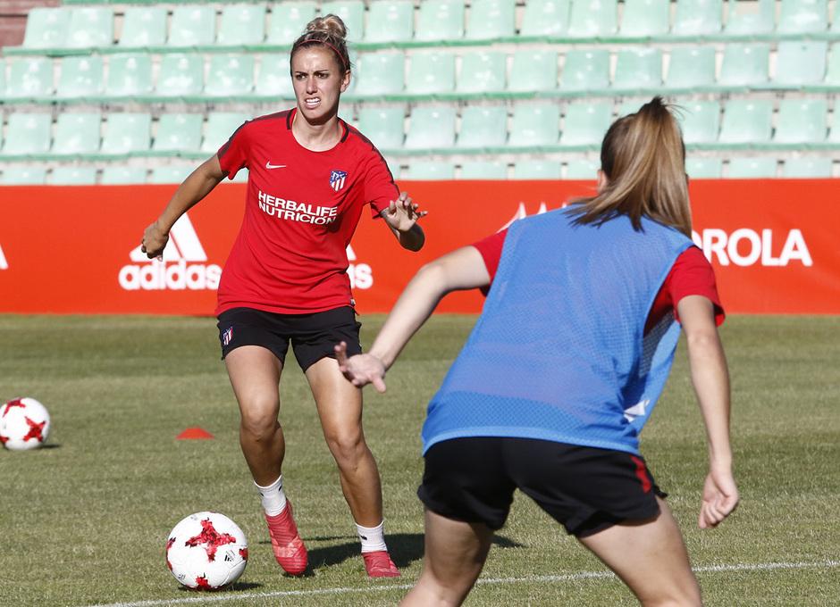 Temp 17/18 | Atlético de Madrid Femenino | Eentrenamiento en el estadio Romano de Mérida | Final Copa de la Reina | Ángela Sosa