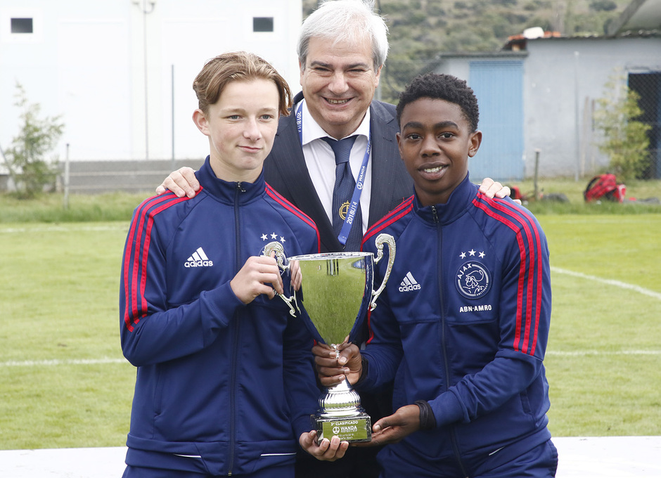 Wanda Football Cup | Entrega de trofeos | Ajax