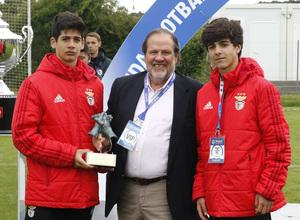 Wanda Football Cup   Entrega de trofeos   Benfica Fair Play