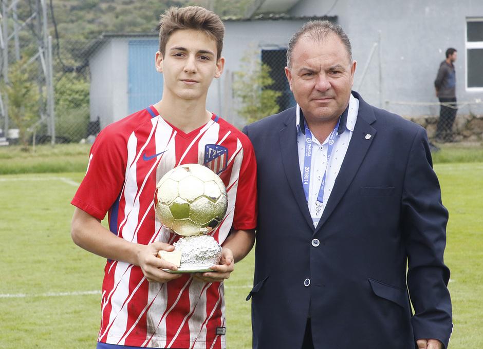 Wanda Football Cup | Entrega de trofeos | MVP Marcos Denia del Infantil A