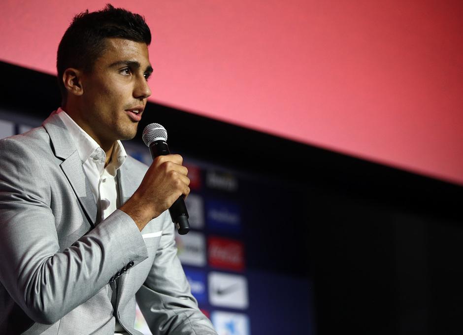 Temp. 18-19 | Presentación de Rodrigo Hernández en el Auditorio del Wanda Metropolitano |