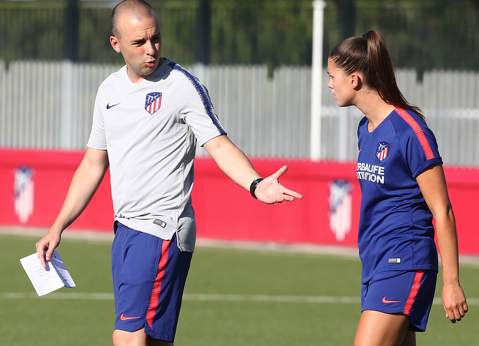 Temp. 18-19 | Primer entrenamiento del Atlético de Madrid Femenino en la Ciudad Deportiva Wanda | José Luis Sánchez Vera