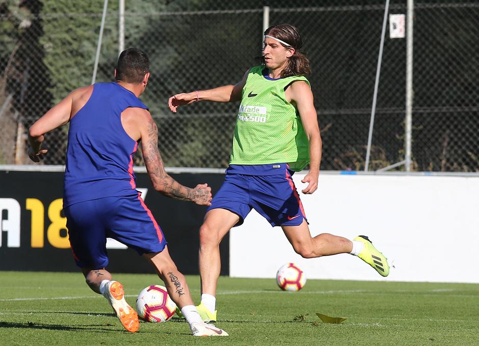 temporada 18/19. Entrenamiento en la ciudad deportiva Wanda. Filipe durane el entrenamiento
