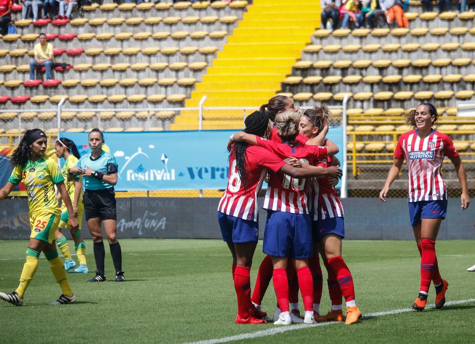 Temporada 18/19. Atlético de Madrid Femenino en Colombia en pretemporada frente al Atlético Huila. Celebración