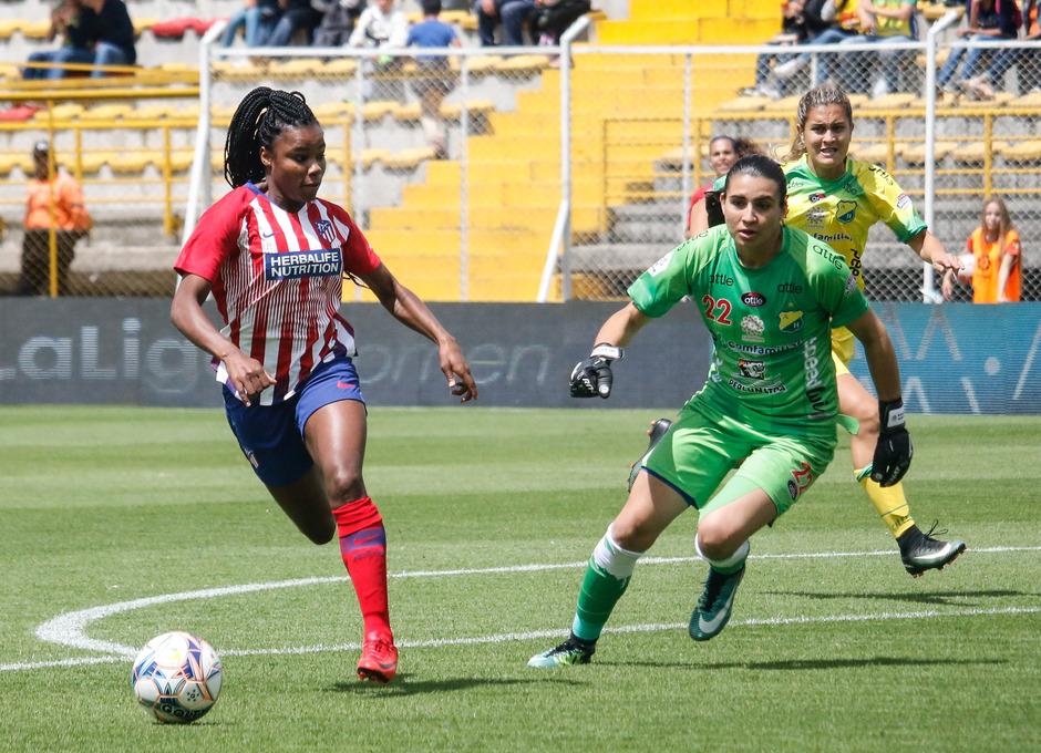 Temporada 18/19. Atlético de Madrid Femenino en Colombia en pretemporada frente al Atlético Huila. Ludmila Da Silva