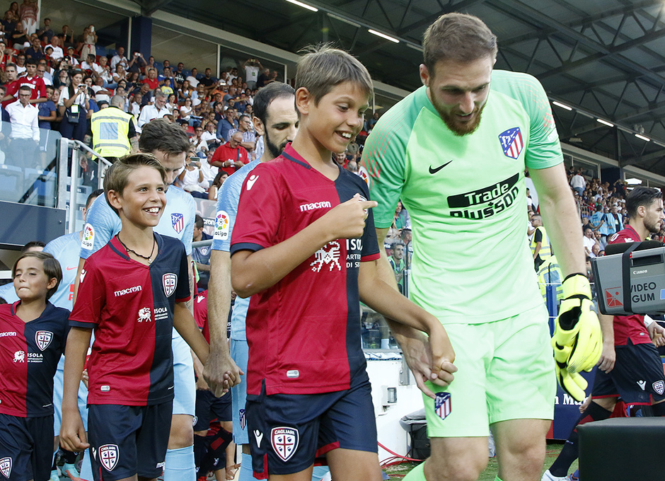 Temporada 2018-2019   Cagliari-Atlético de Madrid   Oblak