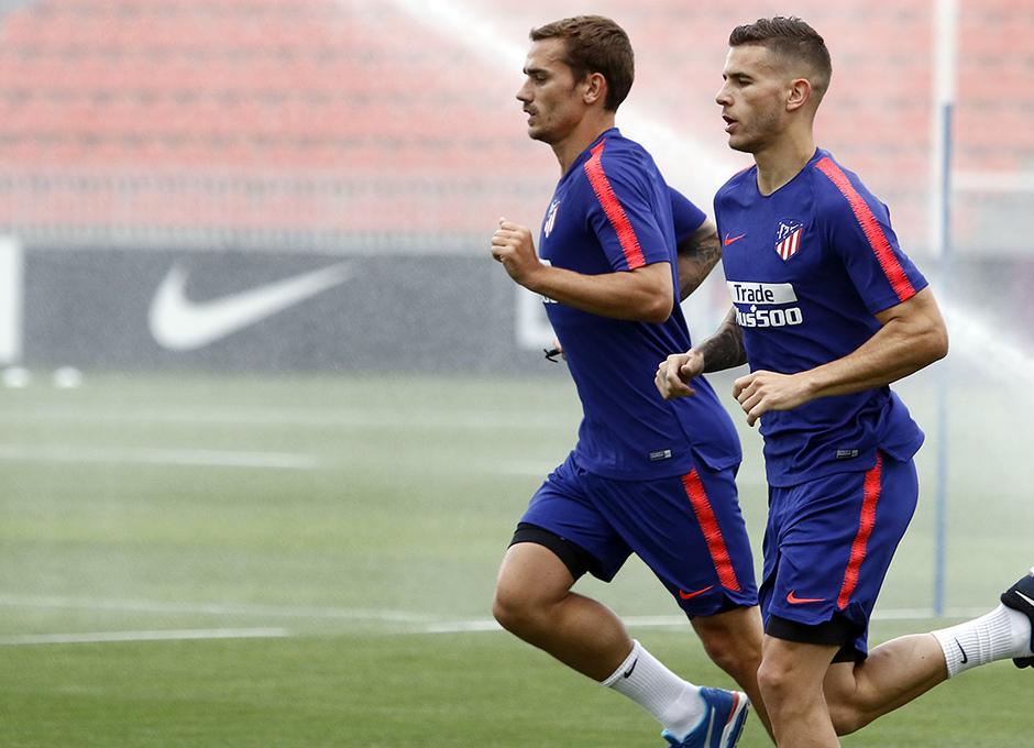 Temporada 18/19 | Entrenamiento del primer equipo | Lucas y Griezmann