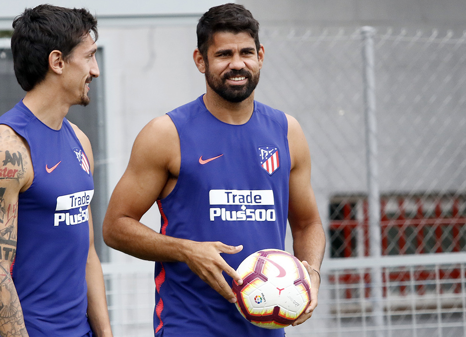 Temporada 18/19 | Entrenamiento del primer equipo | Costa y Savic