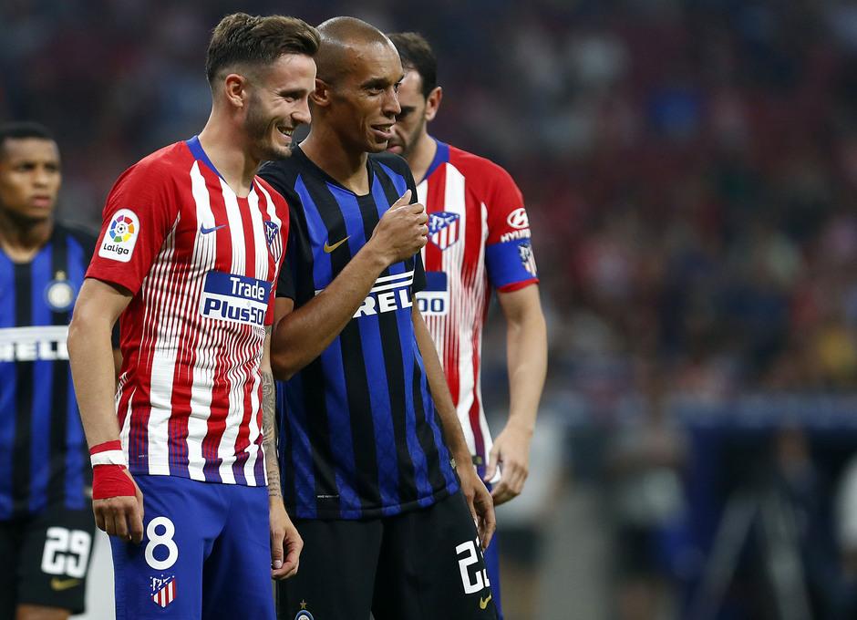 Temporada 2018/2019. Atlético de Madrid Inter de Milán. Internacional Champions Cup. Saúl y Miranda sonriendo.