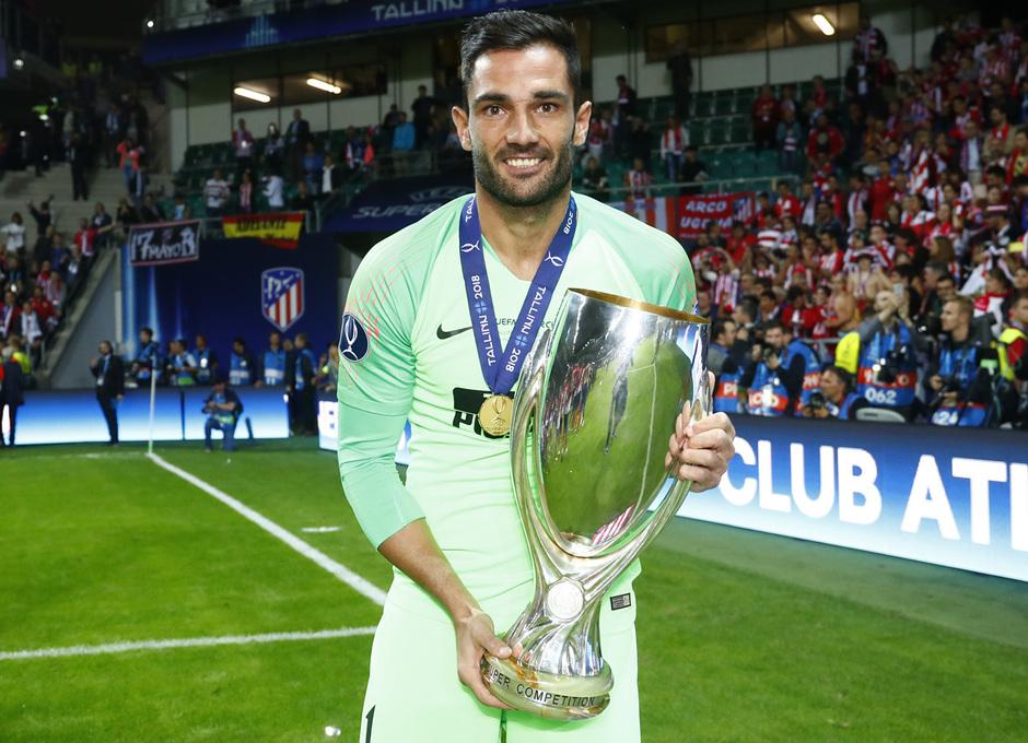 temporada 18/19. Supercopa de Europa. Adán