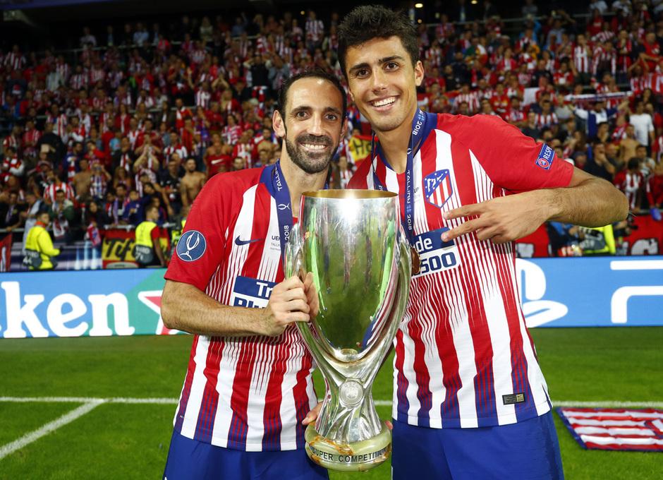 Temporada 2018-2019. Campeones Supercopa | Juanfran, Rodrigo