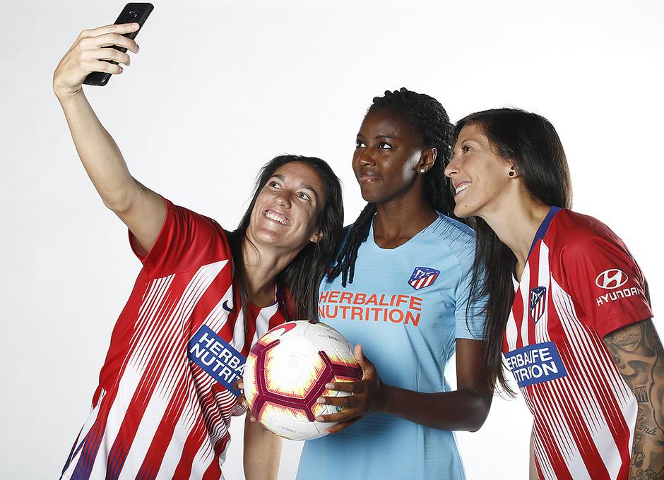 Shooting | Sesión de fotos del Atlético de Madrid Femenino. Meseguer, Tounkara y Jenni Hermoso