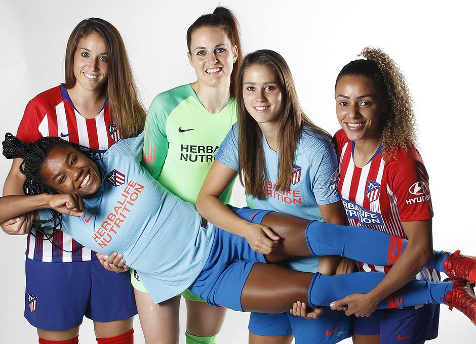 Shooting | Sesión de fotos del Atlético de Madrid Femenino. Olga García, Jennifer Oehrli, Viola, Rilany y Ludmila da Silva
