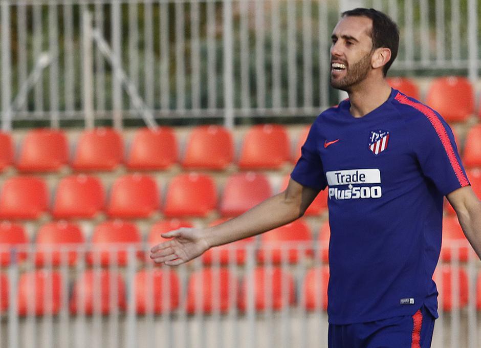 Temporada 18/19. Entrenamiento en la ciudad deportiva Wanda Atlético de Madrid. 23/08/2018. Godín