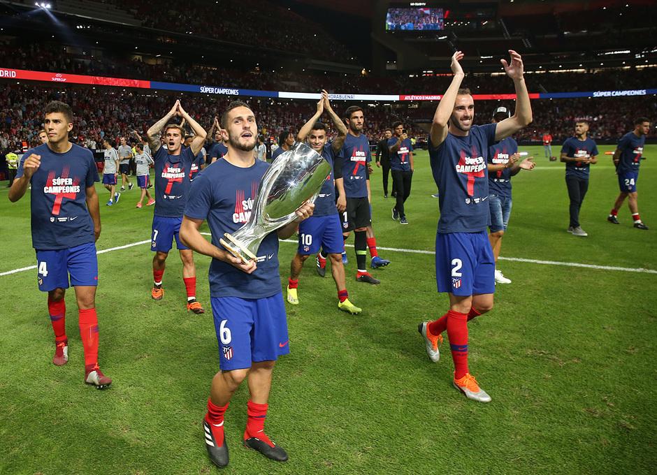 Temporada 2018-2019 | Celebración Supercopa de Europa | Grupo