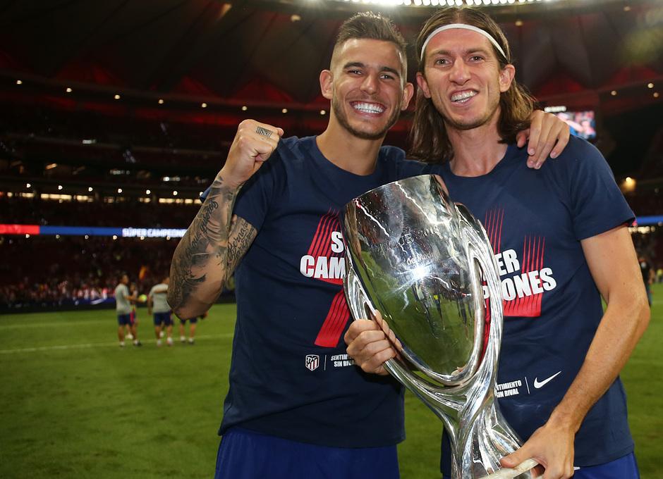 Temporada 2018-2019 | Celebración Supercopa de Europa | Lucas, Filipe