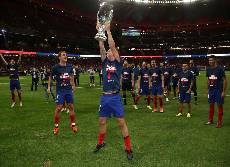 Temporada 2018-2019 | Celebración Supercopa de Europa | Lucas, Griezmann
