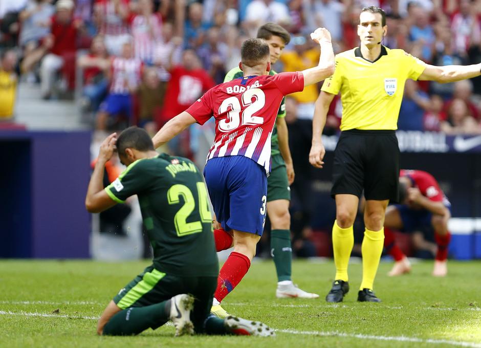 Temporada 2018/2019. Atlético de Madrid vs SD Eibar. Celebración Garcés.