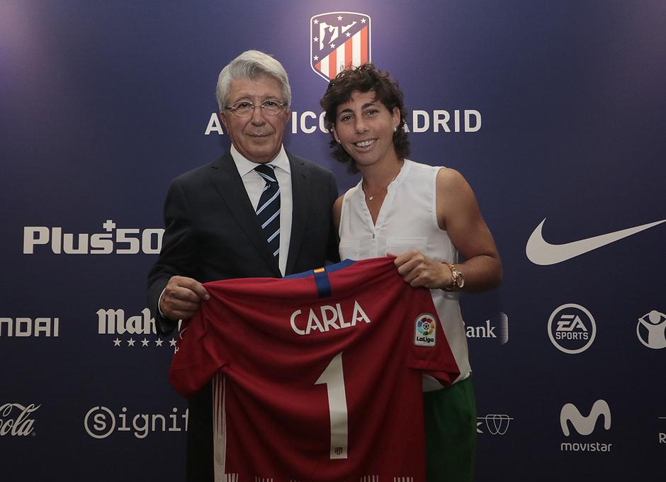 Temporada 2018/2019. Atlético de Madrid vs SD Eibar. Carla Suárez y Enrique Cerezo