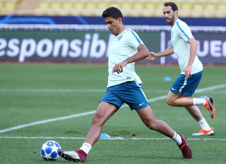 Temp. 18-19   Entrenamiento oficial Champions League en Mónaco   UCL   Rodrigo