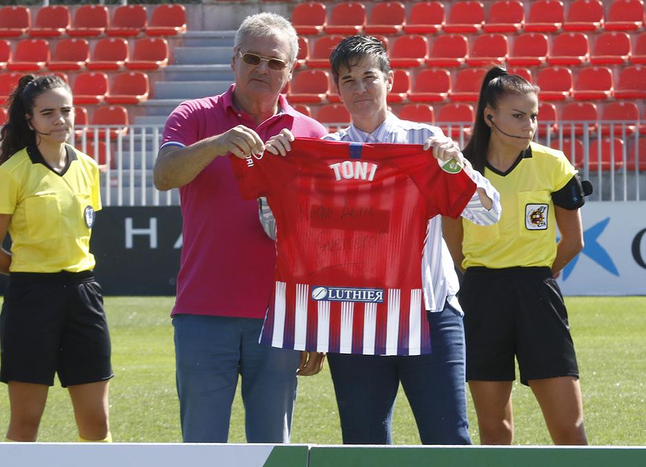 Temporada 18/19 | Liga Iberdrola | Atleti - Granadilla | Homenaje Toni Ayala