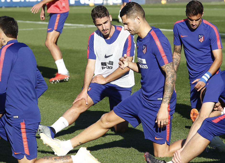 Temporada 2018-2019 | Entrenamiento Ciudad Deportiva Wanda | Vitolo y Toni Moya