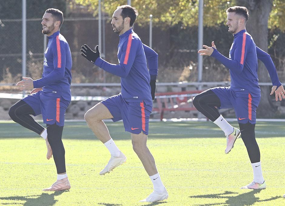 Temporada 18/19 | Entrenamiento del primer equipo | 29/10/2018 | Koke, Juanfran, Saúl