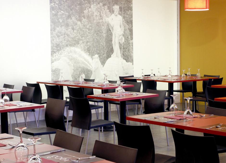 Apertura del '1903 Sport Bar & Lounge Restaurant'