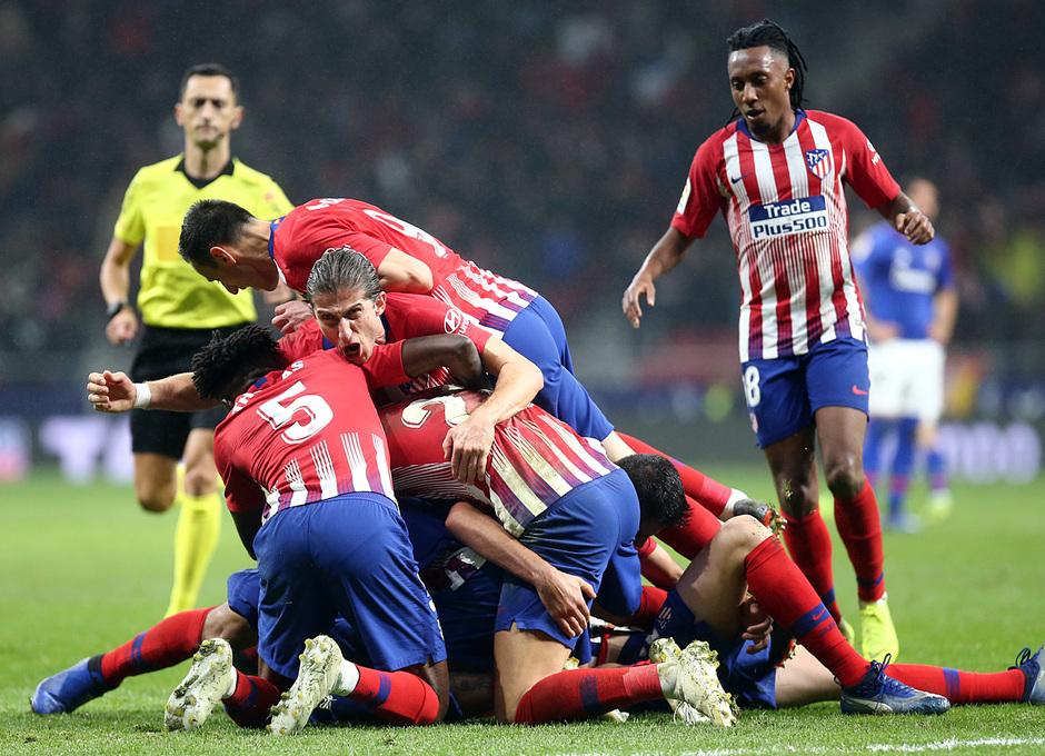 Temp. 18-19 | Atlético de Madrid - Athletic Club | Celebración gol Godín