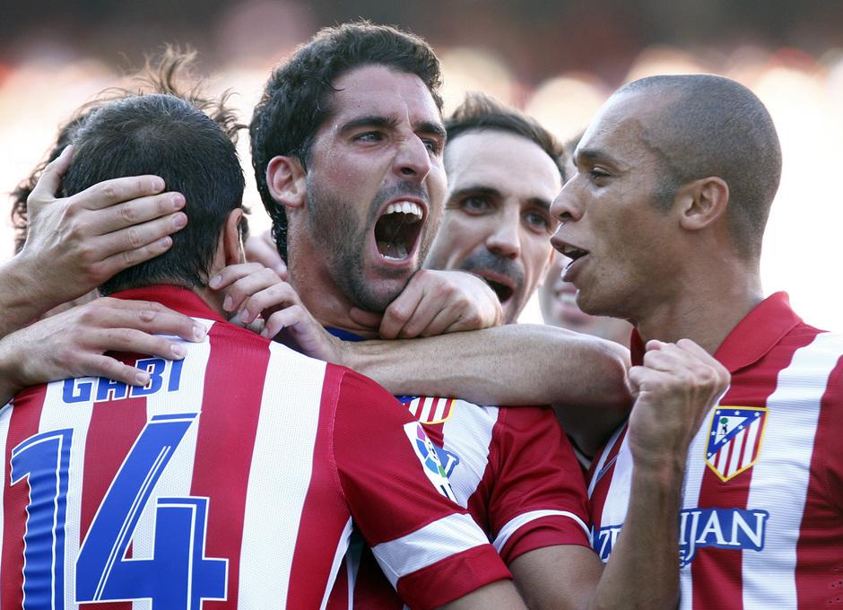 Temporada 2013/2014 Atlético de Madrid - Rayo Vallecano Raúl García celebrando el gol