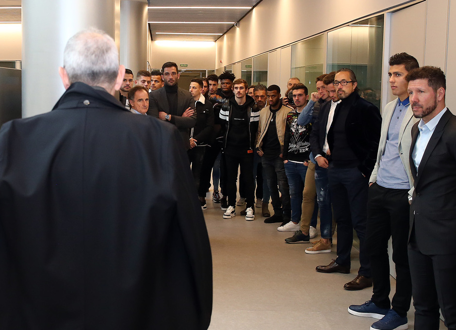 Temporada 18/19 | Visita del primer equipo a las oficinas del Wanda Metropolitano |