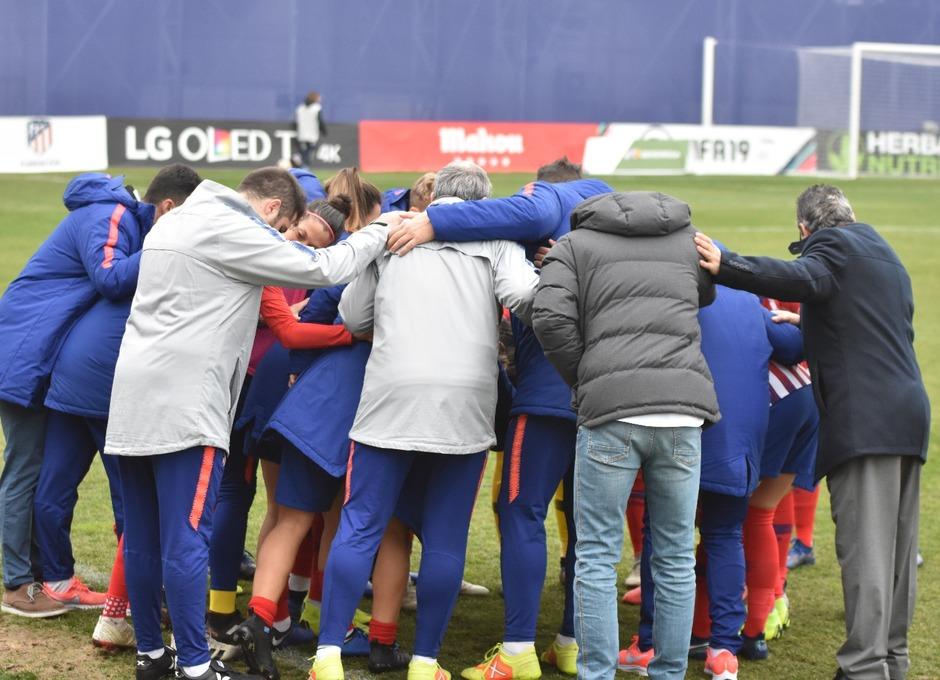 Temp. 18-19   Atlético de Madrid Femenino - Sporting de Huelva   Piña