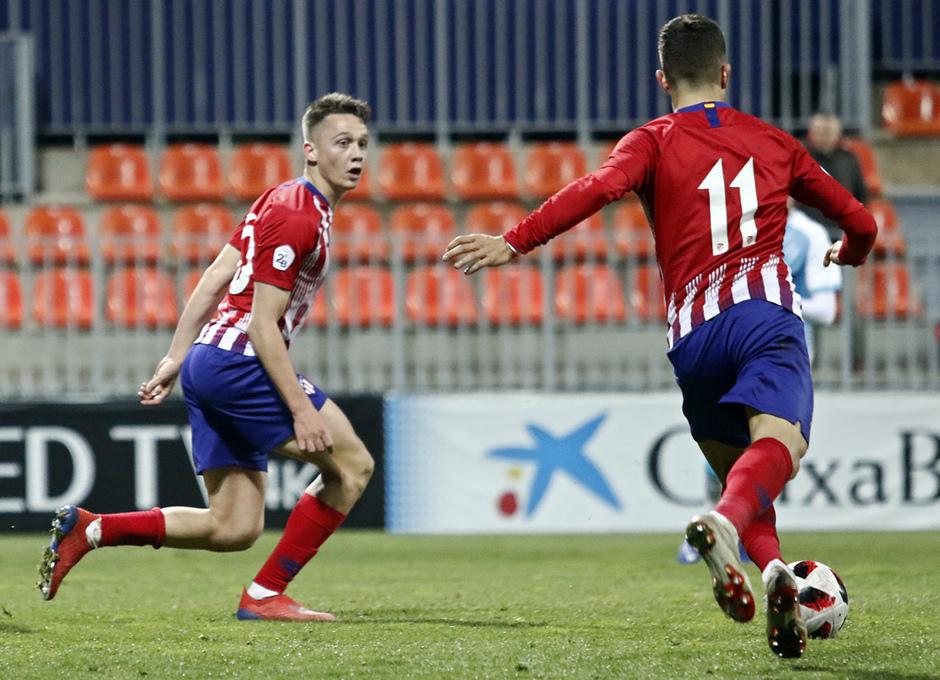 Temp. 18-19   Atlético de Madrid B - Unión Adarve   Gol Pinchi