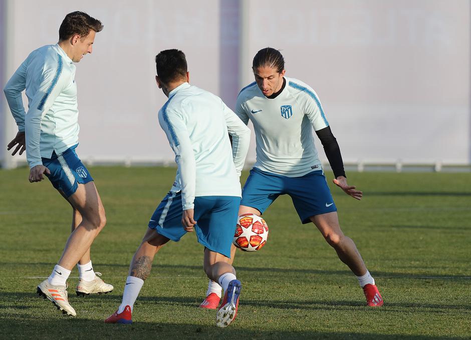 temporada 18/19 | Entrenamiento en la ciudad deportiva Wanda | Filipe, Arias y Correa