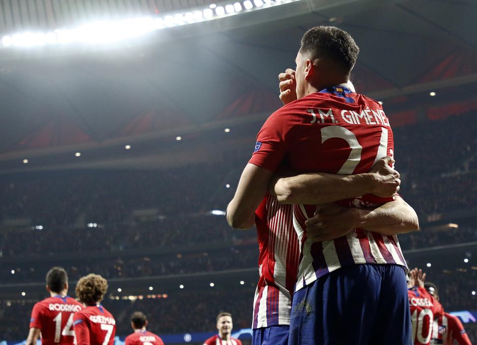 Temp. 18-19   Atlético de Madrid - Juventus   Gol Giménez
