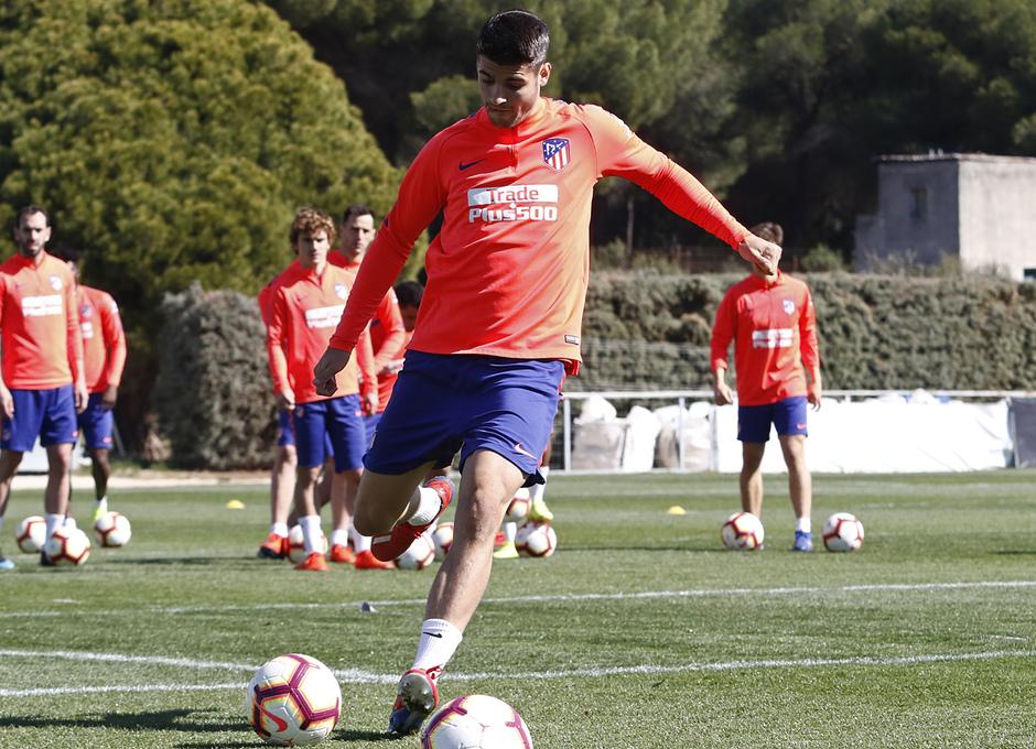 Temporada 18/19. Entrenamiento en la ciudad deportiva Wanda. 08/03/2019. Morata