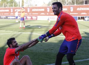 Temporada 18/19 | Entrenamiento del primer equipo | 25/03/2019 | Costa y Adán