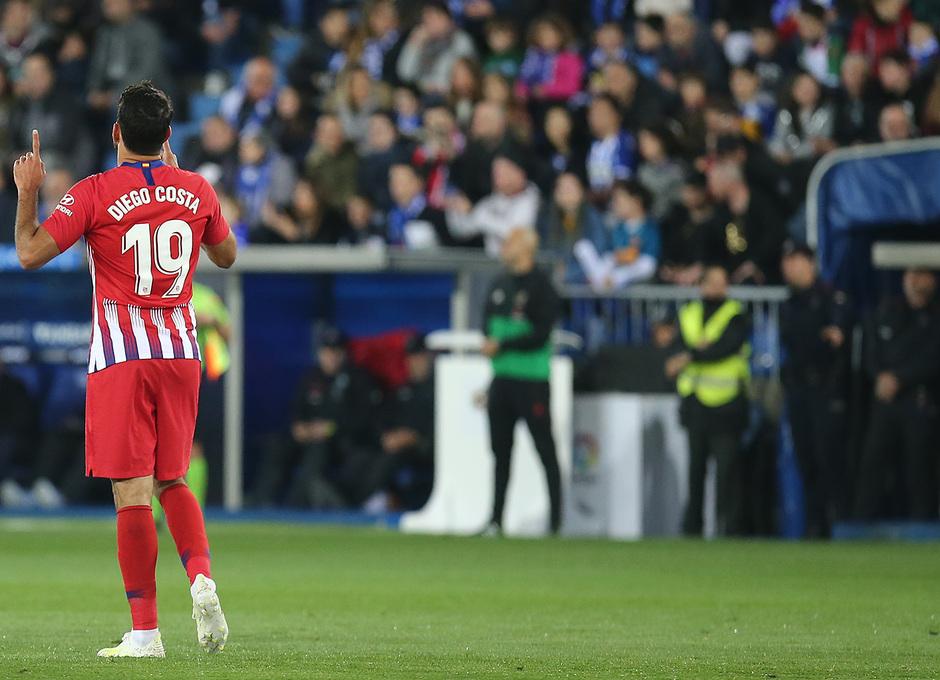 Temporada 18/19 | Alavés - Atlético de Madrid | Celebración Costa