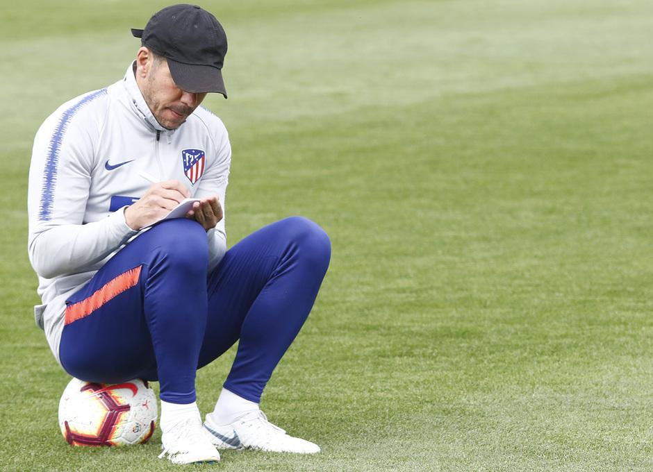 Temporada 18/19 | Entrenamiento del primer equipo | 31/03/2019 | Simeone