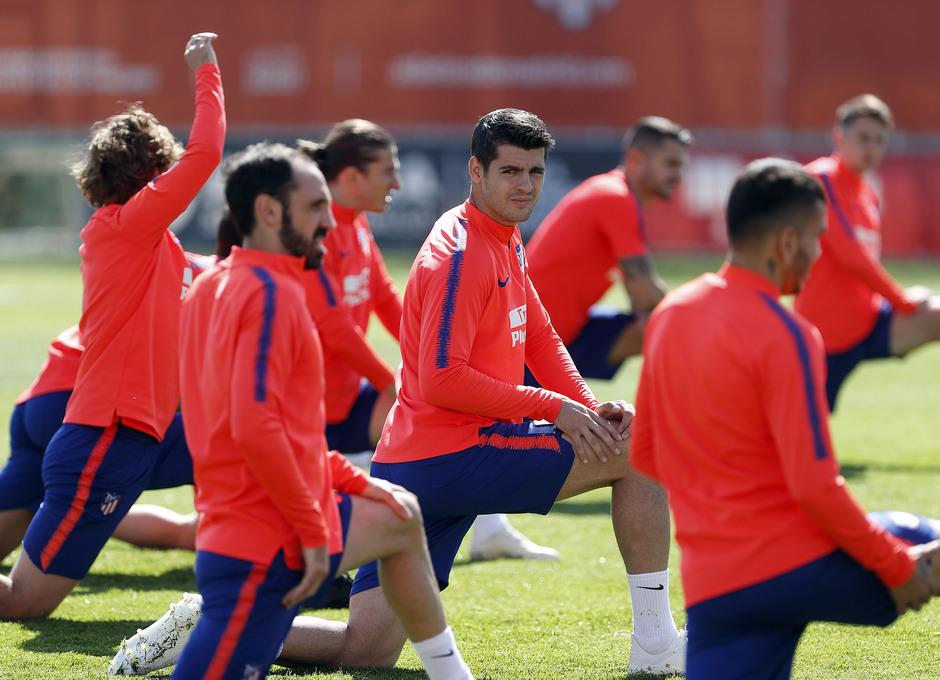 Temporada 18/19. Entrenamiento en la ciudad deportiva Wanda Atlético de Madrid. 16_04_2019. Morata.