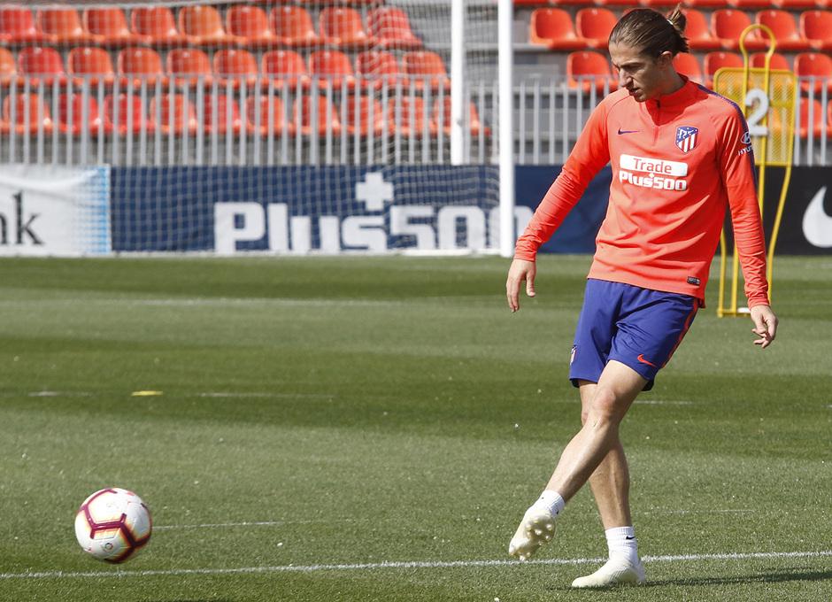 Temporada 18/19 | Entrenamiento del primer equipo | 17/04/2019 | Filipe Luis